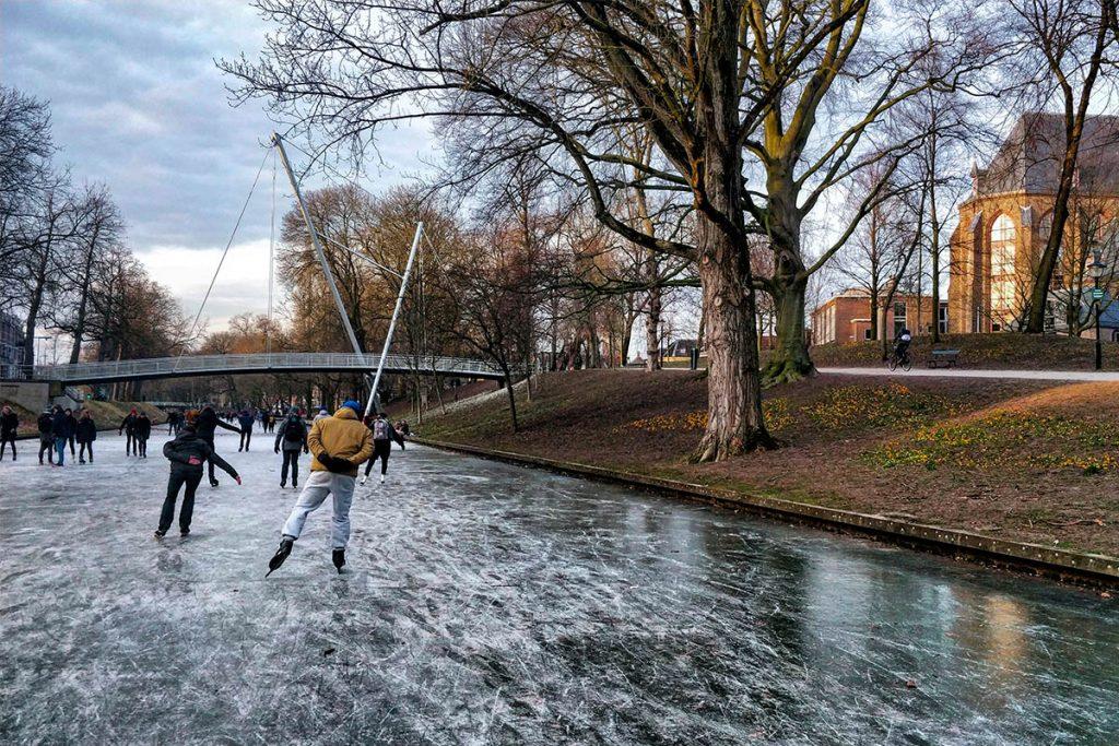 Ice skating in Utrecht